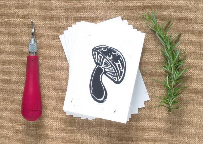 "6 Mushroom Block Print Card 3.5"" x 4.875"" with envelopes"